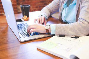 Jak założyć firmę przez internet